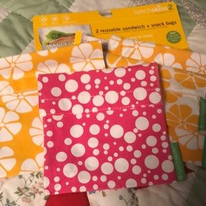 4 reusable sandwich and snack bags brand new